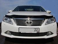 Мухобойка (дефлектор капота) Toyota Camry 50 2011-2014