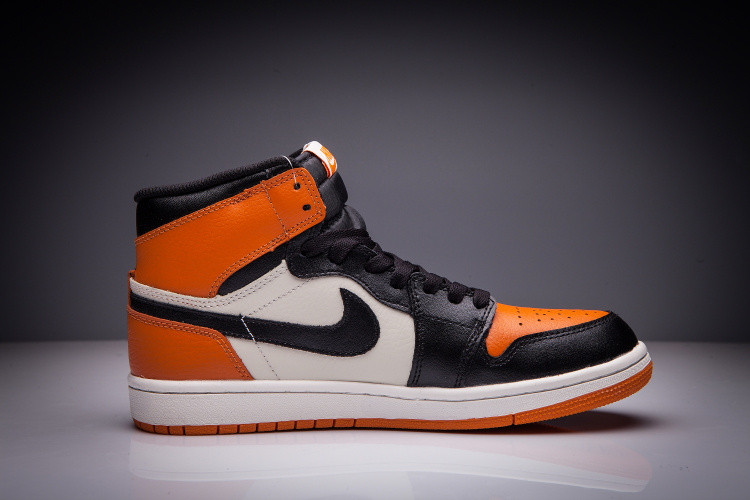 """Кожаные кроссовки Air Jordan 1 Retro """"Dashboard"""" (36-47) - фото 4"""