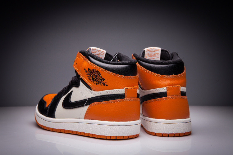 """Кожаные кроссовки Air Jordan 1 Retro """"Dashboard"""" (36-47) - фото 5"""