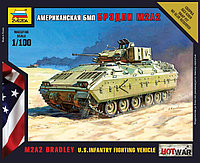 Сборная масштабная модель Боевая машина пехоты Брэдли M2A2, Zvezda, 1/100, фото 1
