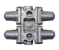 53205-3515400-10 Клапан  защитный 4-х контурный
