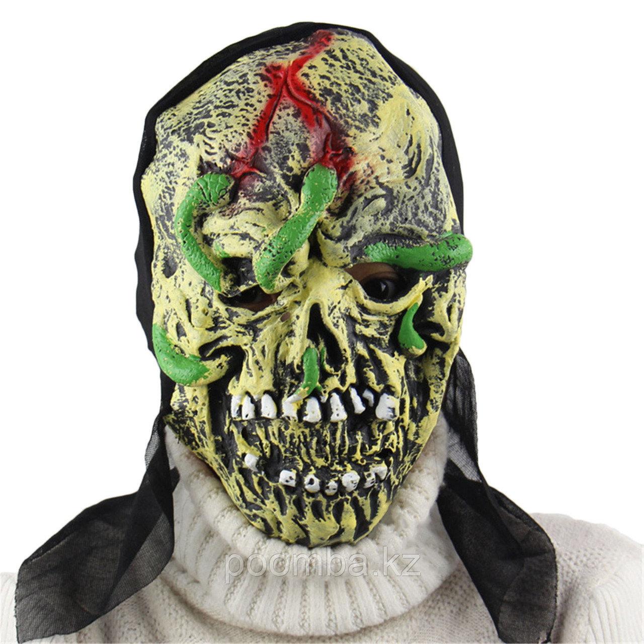 "Маска на хэллоуин ""Череп с червями """