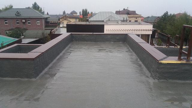 Гидроизоляция материалом Полимочевина толщиной 2мм.