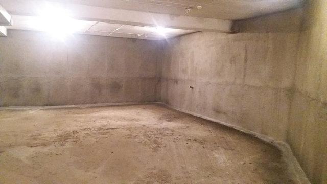 Выполнена работа по устранению протечки воды по стенам паркинга.