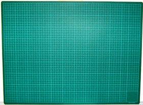 Покрытие для макетирования 30x32см, для канц.ножа, зеленое KW-trio