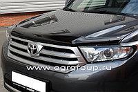 Мухобойка (дефлектор капота) Toyota Highlander 2011-2013 OEM с логотипом (Euro type)