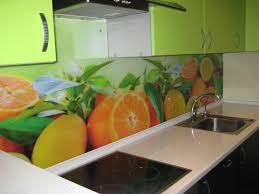 Кухонные фартуки из стекла - фото 8