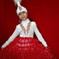 Национальное детское платье для девочек.
