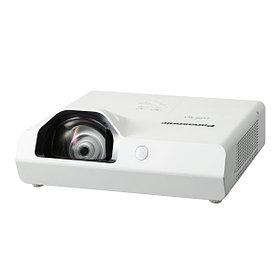 Короткофокусный Panasonic Проектор PT-TX400E