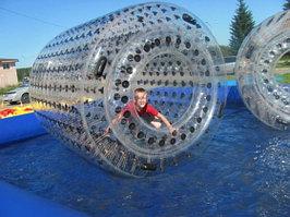 Надувной водный аттракцион Гидророллер