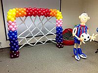 Футболист и ворота из шаров, фото 1