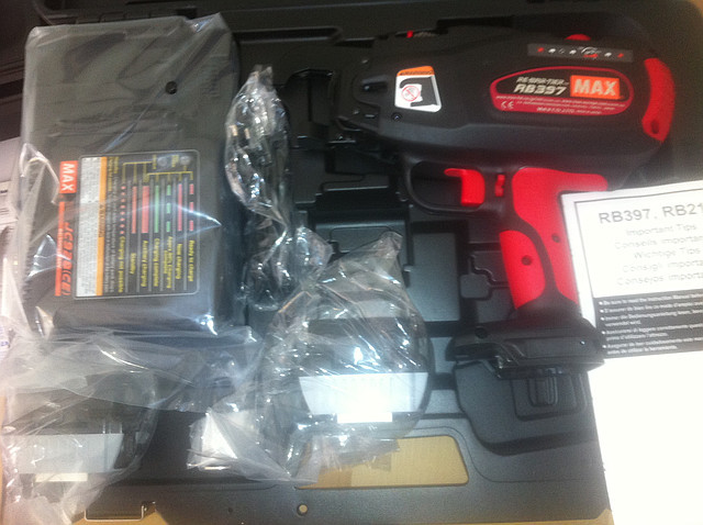 Пистолет для вязки арматуры MAX RB397