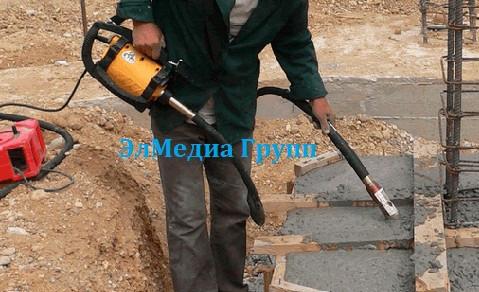 Глубинный вибратор для уплотнения бетона