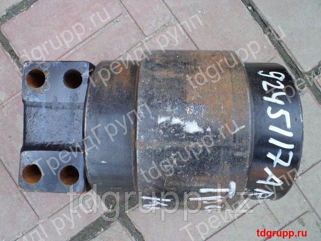 9245117 Каток поддерживающий Hitachi ZX330LC-3