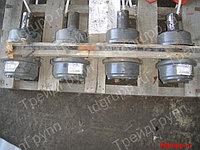207-30-00551 Каток поддерживающий PC300-7