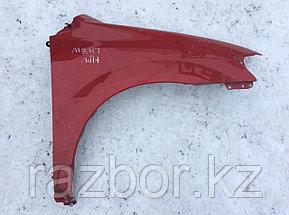 Крыло переднее правое Mazda MPV