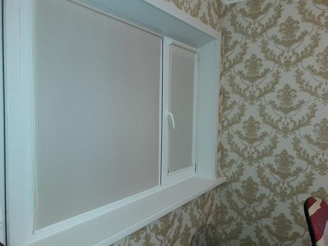 Зимние пластиковые окна, подоконник, откосы, сложное открывание, защита от детей
