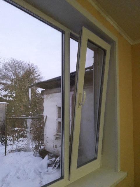 Установка сложного открывания на окно, регулировка пластикового окна