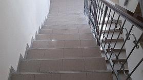 Лестница до укладки ковролина