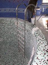 Перегородки для душевых кабин и лестницы для бассейнов, фото 2