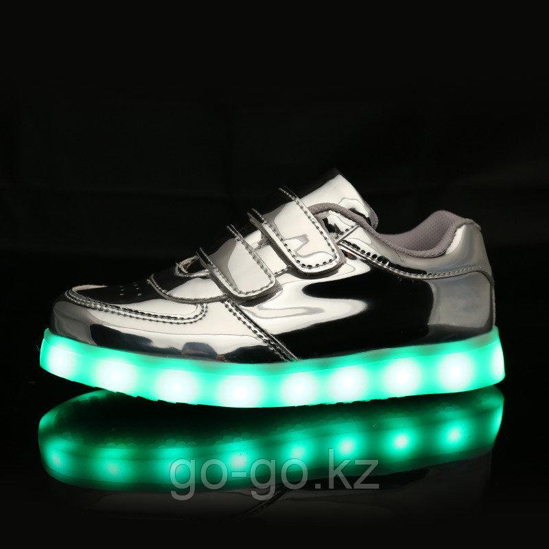 LED Кроссовки детские со светящейся подошвой, серебро низкие - фото 1