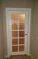 Нестандартная межкомнатная дверь остекленная