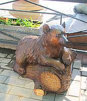 Медвежонок на пне