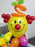 Клоун с букетом к 8 марта, фото 1