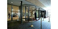 Карусельные двухлопастные вращающиеся двери Besam UniTurn - Швеция