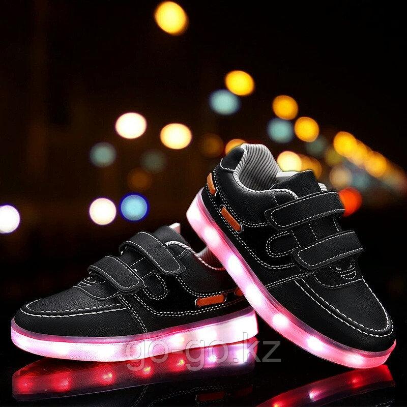 LED Кроссовки детские со светящейся подошвой, классические черные, низкие - фото 1