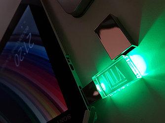 Флешка с подсветкой (стекло) 16 гб