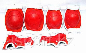Щитки для роликов красный