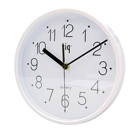 Часы d=22,5см, круглые, белые, пластиковые Tig