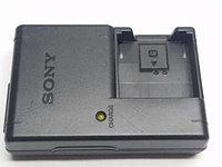 Зарядное устройство Sony BC-CSGB для аккумуляторов BG1,FG1