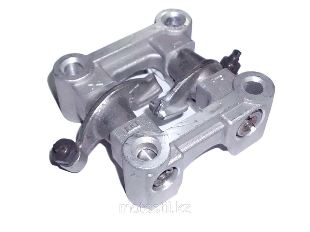 Постель распредвала в сборе с коромыслами под стандартные клапана h=64 mm /двигатель 4T 139QMB