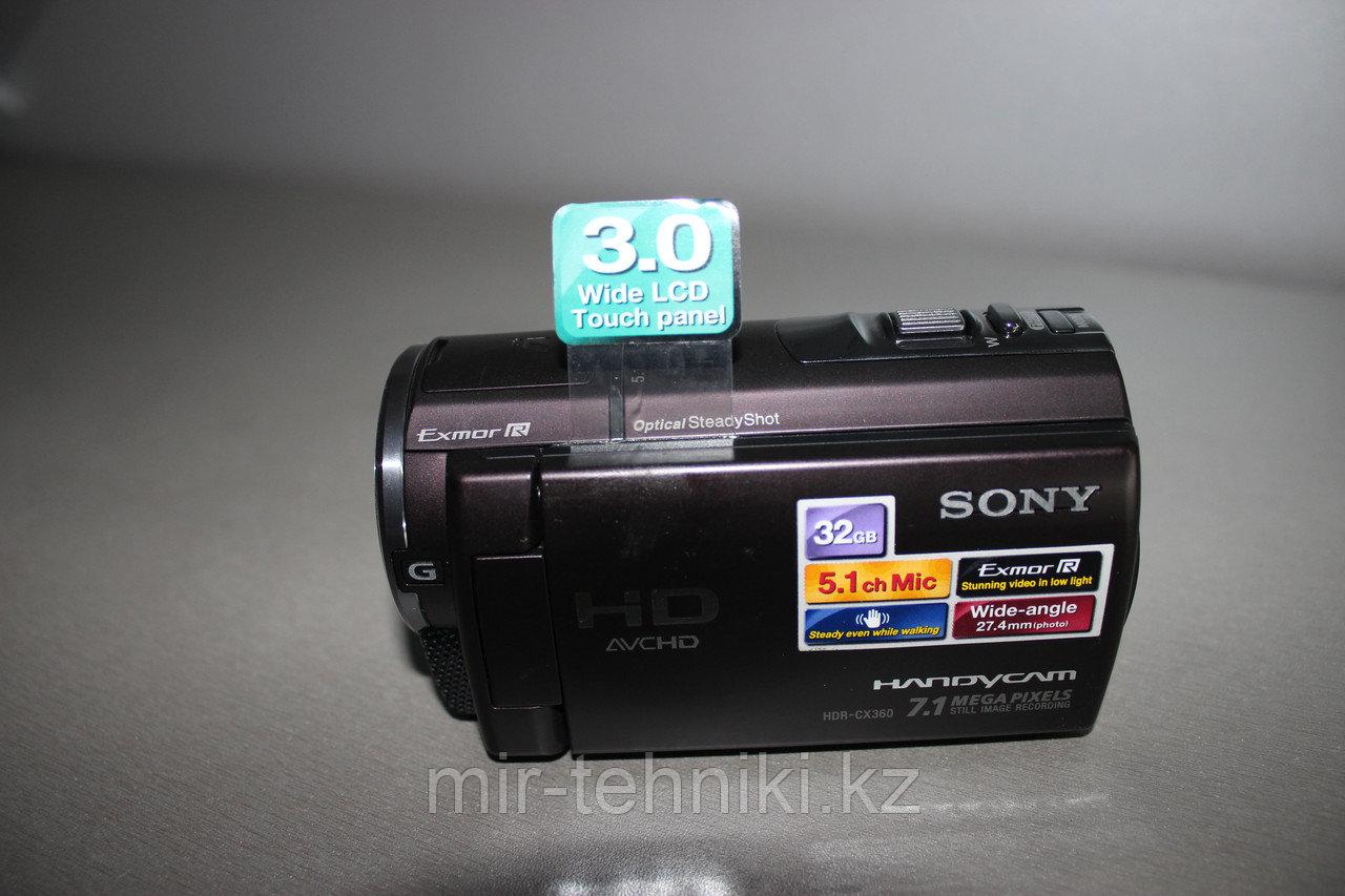 Цифровая видеокамера  Sony HDR-CX200