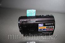 Цифровая видеокамера  Sony HDR-SX21