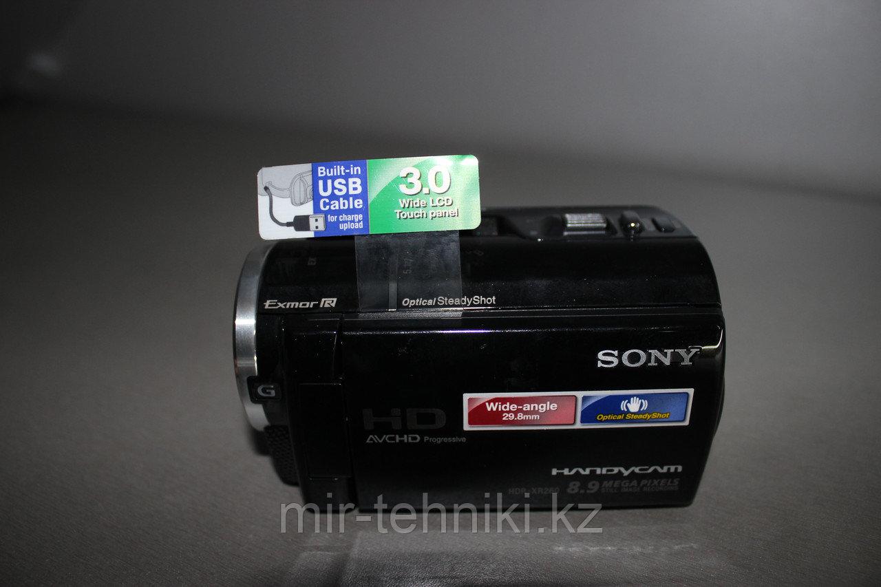 Цифровая видеокамера  Sony HDR-XR260