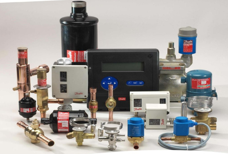 "Электронный регулятор уровня масла BC-OM1-BB* 1 1/8"" UNEF 220V с кабелями"