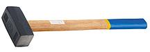 Кувалда кованая с деревянной рукояткой 4000 гр. 10931 (002)