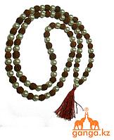 Четки Рудракша с жемчужными бусинами (108 бусин, 7 мм, длина 70-72см)
