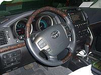 Установка крышки Аirbag и кнопок руля на Land Cruise 200.