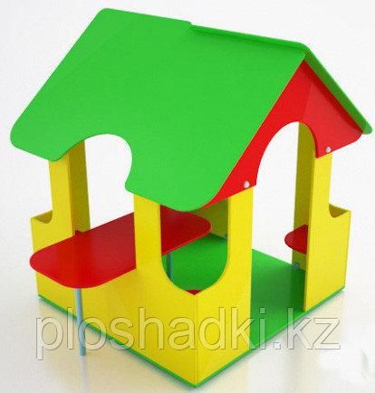 Домик детский, с крышей, сидениями, столом