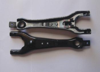 Вилка сцепления УАЗ-3151 с пружинкой