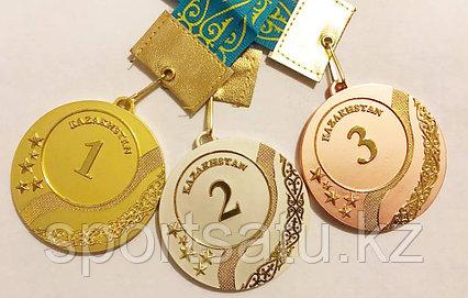 Спортивные медали (медаль) с надписью Kazakhstan