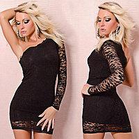 Черное кружевное платье на одно плечо