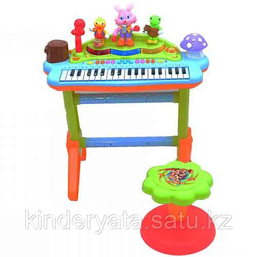 Детское пианино со стульчиком