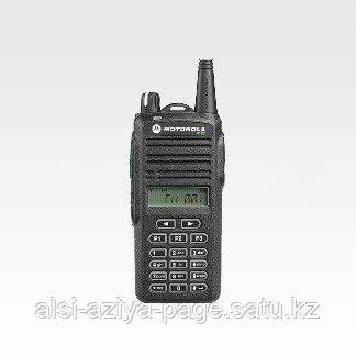 Радиостанция носимая Motorola P180