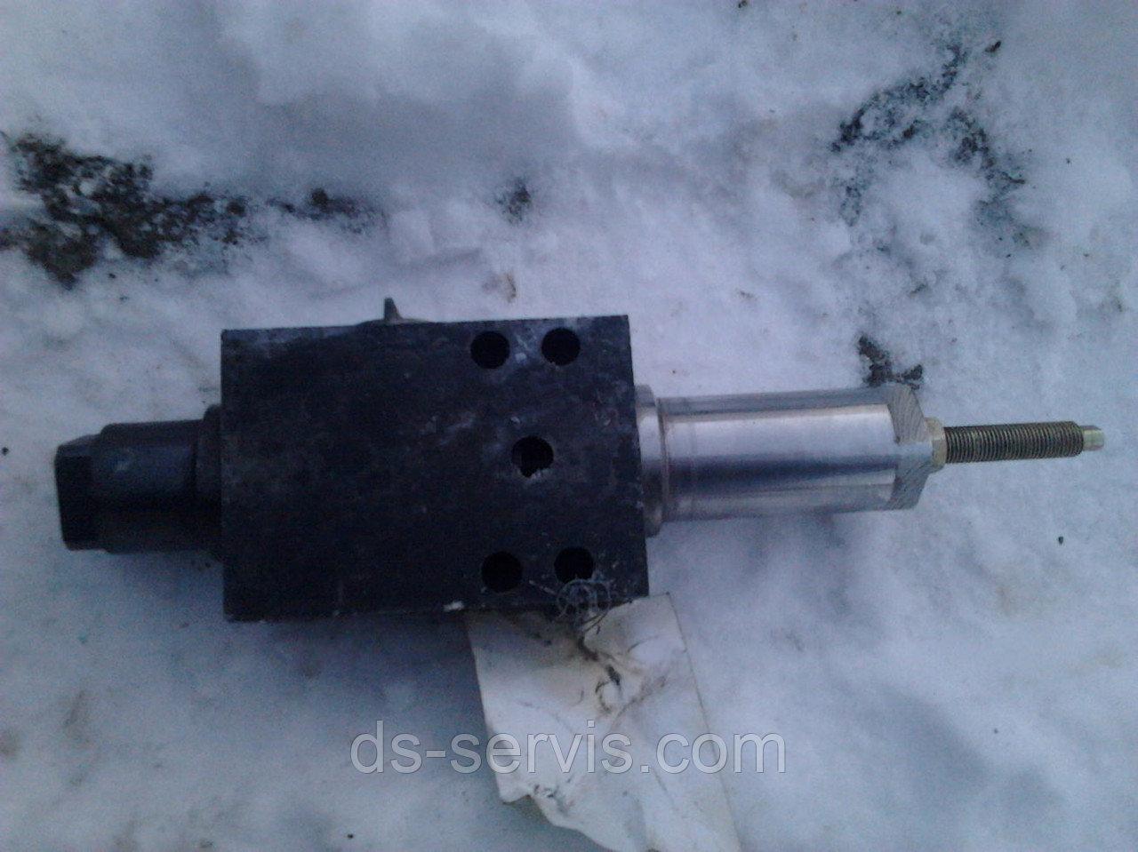 Клапан обратно-управляемый КС-3579.84.700-02
