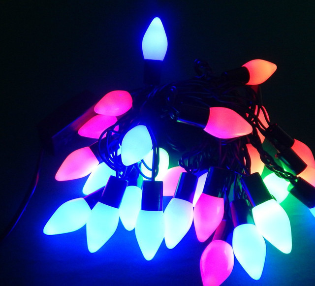 Гирлянда светодиодная Конусы 32 ламп мульти 8 метров